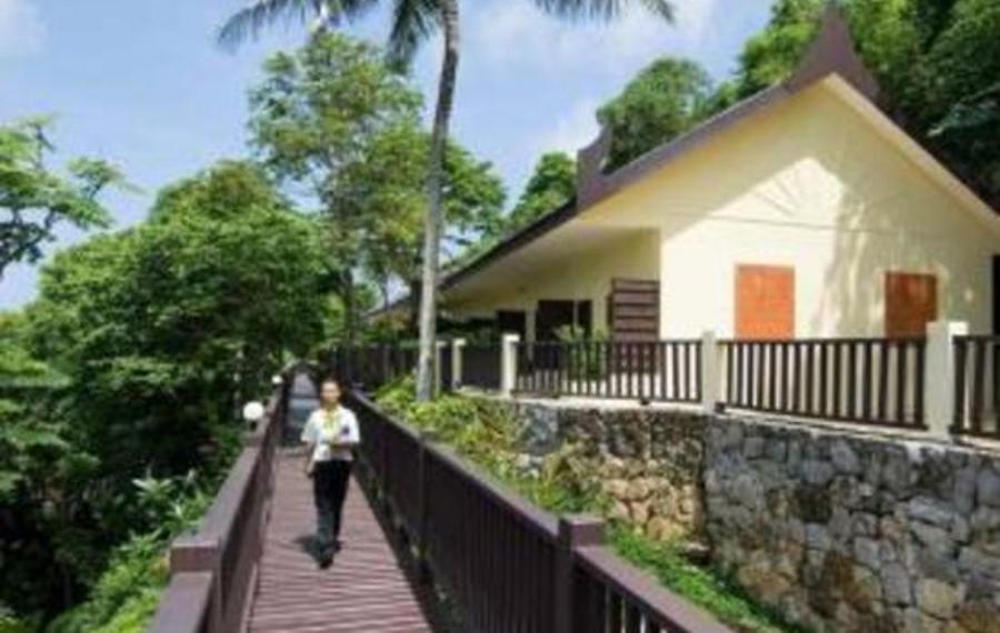 All Seasons Naiharn Phuket Hotel(普吉岛奈涵海滩全季节酒店)