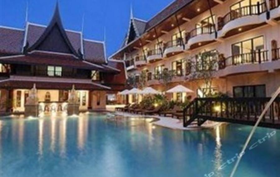 Nipa Resort Phuket (普吉岛尼帕度假酒店)