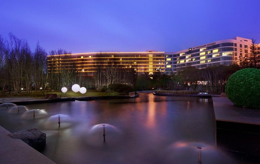青岛银沙滩温德姆至尊酒店