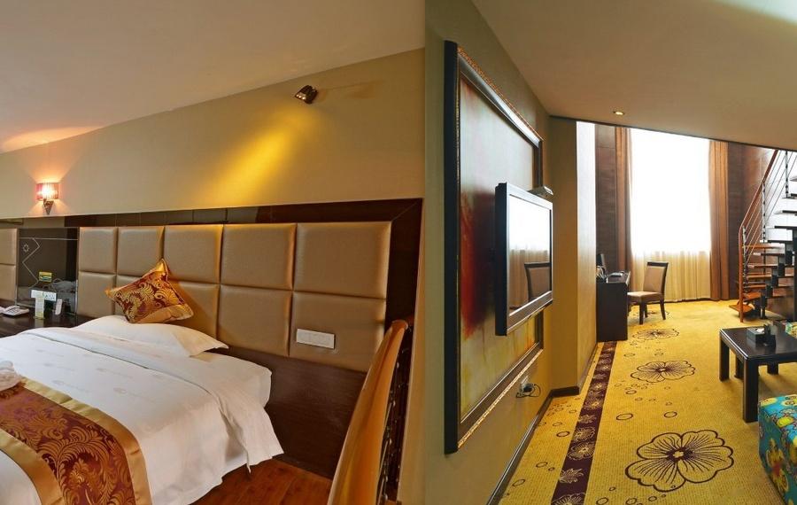 丽橙水晶酒店(宜昌白龙岗店)