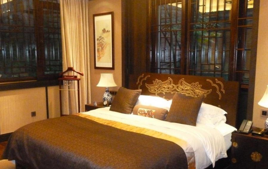 重庆龙潭湖酒店