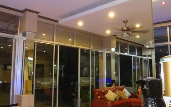 Lifestyle residence patong(芭东生活方式旅舍)