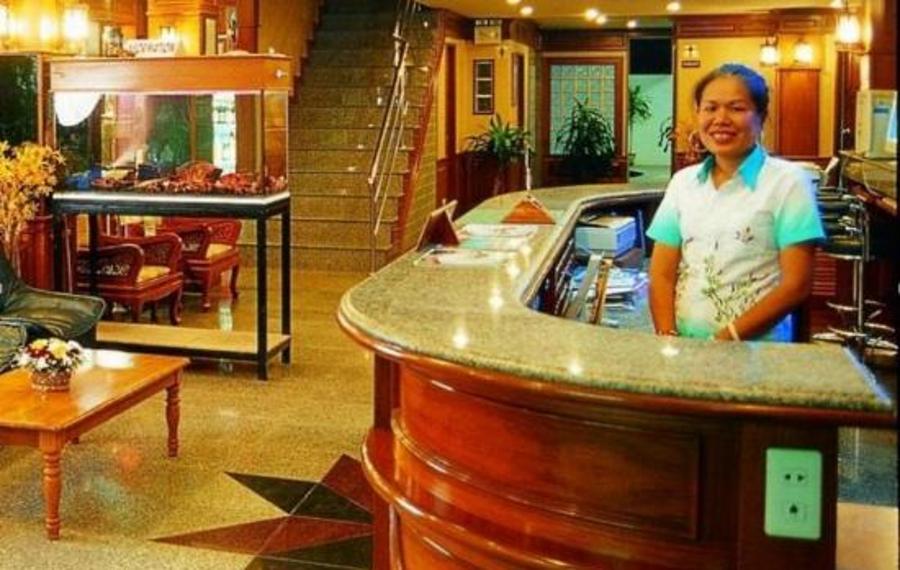 Anchalee Inn(安查里旅馆)