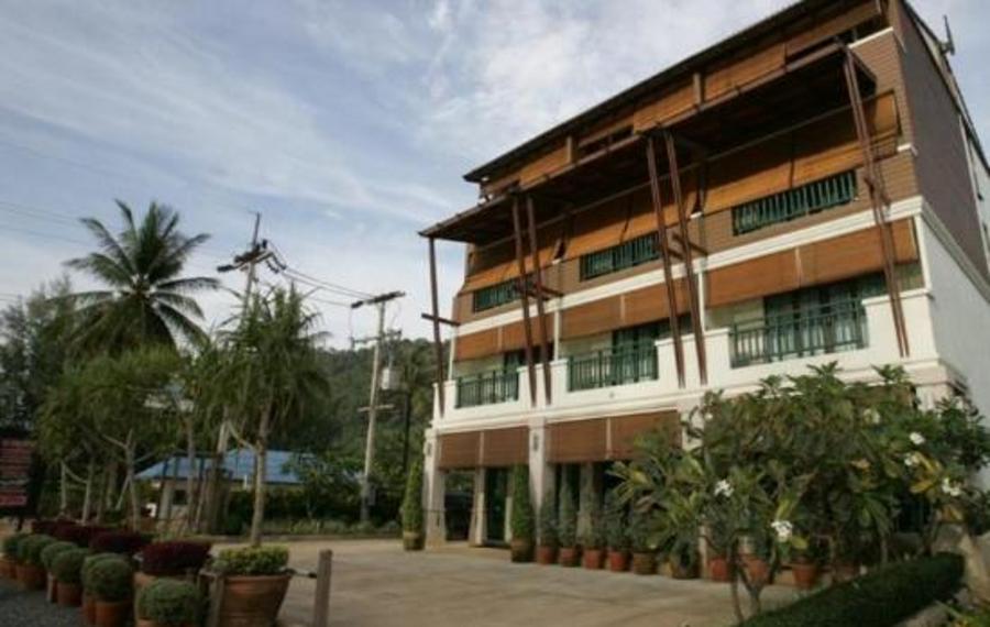 兰塔美人鱼精品酒店                又名:拉塔美人鱼精品店酒店