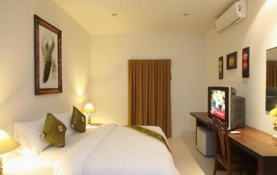 查汶海宾馆                又名:查汶宫酒店