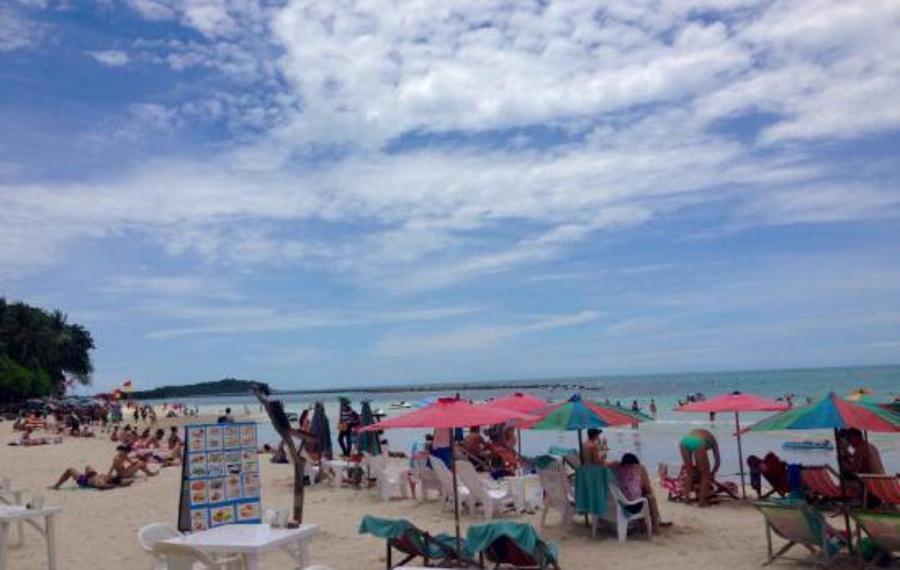 B2@Samui Beach Resort(B2@苏梅岛海滩度假酒店)