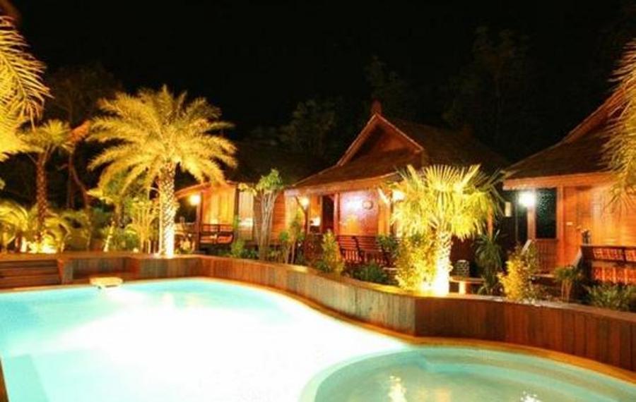 巴安哈比比度假酒店                又名:巴安哈比比度假村