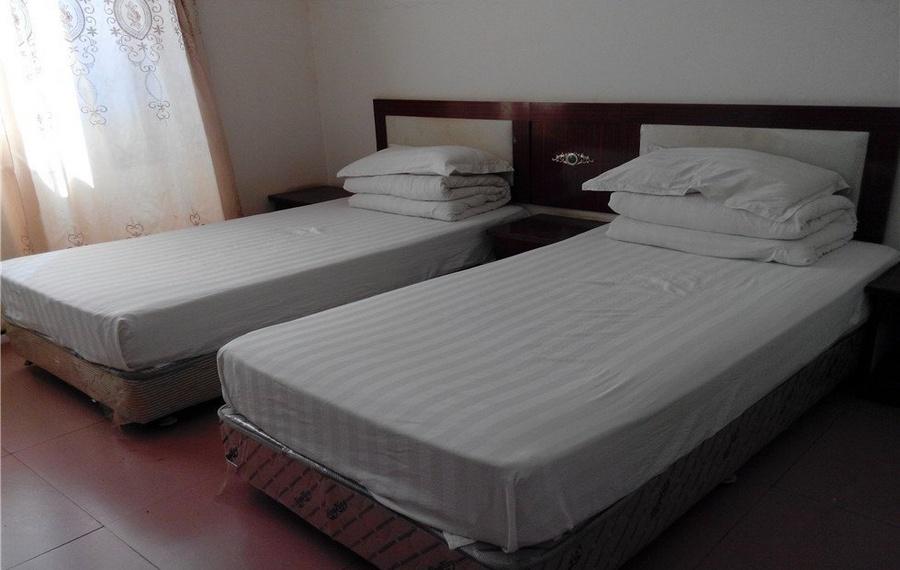 Lamai Inn 99 Bungalows(拉迈99间平房旅店)                又名:Lamai Inn 99 Bungalows(拉迈99别墅酒店)
