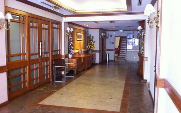 Four Chain View Hotel(四链景酒店)                又名:Four Chain View Hotel(四泉井大酒店)