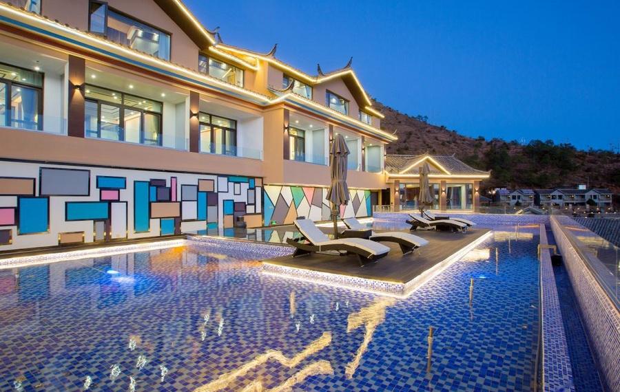 泸沽湖云上度假酒店