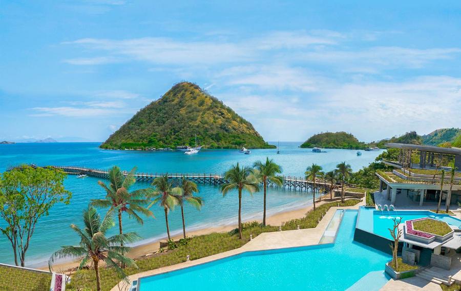 阿雅娜科莫多维艾齐洙沙滩度假村                                AYANA Komodo Resort, Waecicu Beach