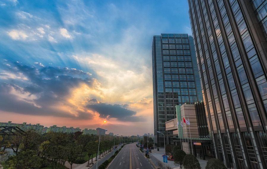 上海中庚聚龙酒店