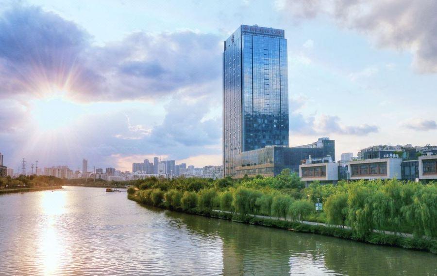 梅园国际大酒店(福州光明港公园店)